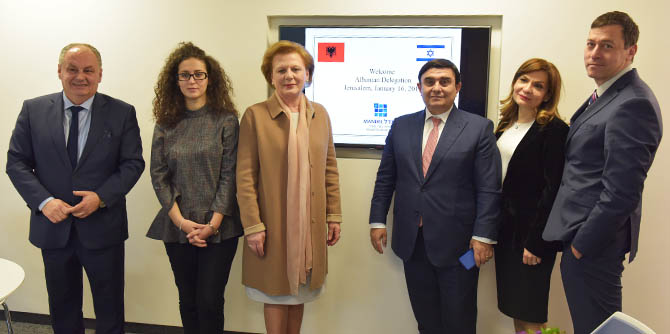 Delegation of Albanian parliament members visits the Mandel Graduate Unit